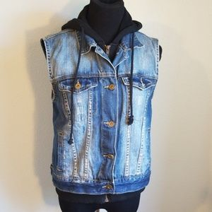 Adorable Forever 21 Denim and sweat shirt vest, M